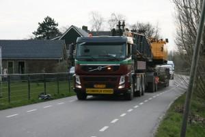 Zwaar transport van de Gasunie door Lageweg.