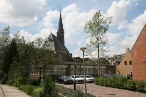 Volgens Van Berk zou op de plek van Het Baken een nieuwe pastorie moeten komen.