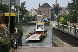 Kan de pont tussen Gouderak en Moordrecht in de vaart blijven?